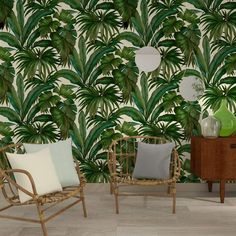 The green and cream Versace Giungla Palm Leaves Wallpaper is an exquisite tropical green banana palm leaf design on cream backdrop. Palm Leaf Wallpaper, Tropical Wallpaper, Green Wallpaper, Vinyl Wallpaper, Textured Wallpaper, Wallpaper Roll, Botanical Wallpaper, House Of Versace, Versace Home