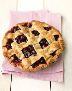 Sweet Cherry Pie Recipe - REALLY GOOD PIE.  IT'S SO HARD TO FIND TART CHERRIES...THIS IS A GREAT RECIPE USING ANY OF THE SWEET CHERRIES YOU FIND IN THE GROCERY STORE.
