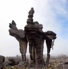 Chris Sharma, hidden bouldering in Venezuela