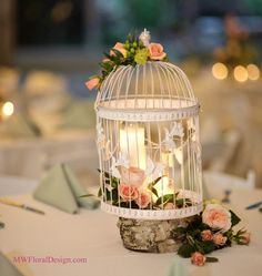 A Man Woman Fl Design Love The Birdcage Centerpiece But With