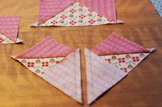 MUST use this method for flying geese. Flying geese method to try. NO more cutting out triangles and squaring up! Makes 4 units from 1 square. Quilting Tools, Quilting Tutorials, Machine Quilting, Quilting Projects, Quilting Designs, Sewing Projects, Quilting Ideas, Sewing Tips, Quilting Board