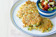 These veggie-friendly corn cakes are given a fiery chilli kick, served with a cooling chunky avocado salsa. Vegetarian Recipes, Snack Recipes, Healthy Recipes, Snacks, Low Gi Foods, Tesco Real Food, Corn Cakes, Good Food, Yummy Food