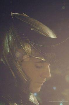 Loki sorrow expressed in The Avengers Loki Thor, Loki Laufeyson, Marvel Avengers, Marvel Comics, Avengers Quotes, Avengers 2012, Avengers Imagines, Avengers Cast, Thomas William Hiddleston