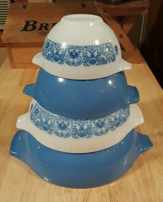 Pyrex Colonial Mist Cinderella Nesting Mixing Bowls Blue & White ...