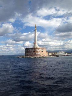 La Madonnina del porto di Messina. ph: La Finestra sullo Stretto