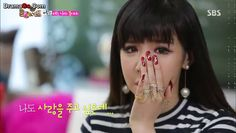 #2NE1 #ParkBom #nailart is always adorable. this one from #Roommate is caught my attention ^^