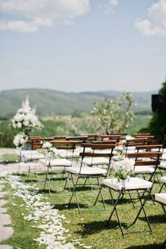 wedding ceremony idea; photo: Dominique Bader Photography