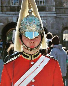 Royal guard of Buckingham Palace. #uk #unitedkingdom #england #london #buckinghampalace #eurooe#cairo #india #mumbai #in #me #instagram #travelgram #picofday #pic by nandi_deo