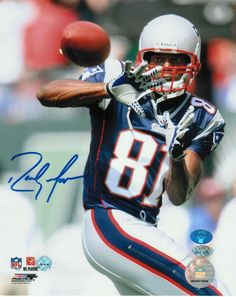separation shoes 4e46d 1642d AAA Sports Memorabilia LLC - Randy Moss New England Patriots Autographed  8x10 Photo -Catching-