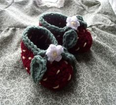 Strawberry Booties - free pattern by shelby