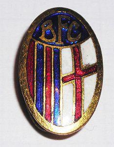 BOLOGNA-FOOTBALL-CLUB-PIEDINO-MARCATO-GAMBERINI-BOLOGNA-DISTINTIVO-CALCIO