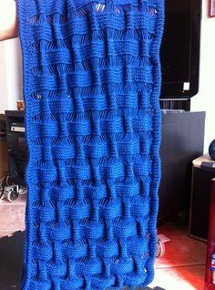 Ravelry: Suke-Suke Cowl pattern by Olga Buraya-Kefelian