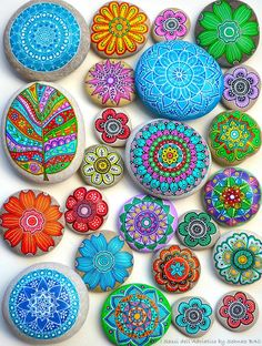 Your place to buy and sell all things handmade Blue Mandala S. - Your place to buy and sell all things handmade Blue Mandala Stone Hand Painted I Sassi dell'Adriatico Mandala Painting, Pebble Painting, Dot Painting, Pebble Art, Stone Painting, Stone Crafts, Rock Crafts, Painted Rocks Craft, Painted Stones