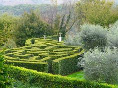 Do you think this maze at Sovana Hotel and Resort in Sovana, Italy is romantic? I do.