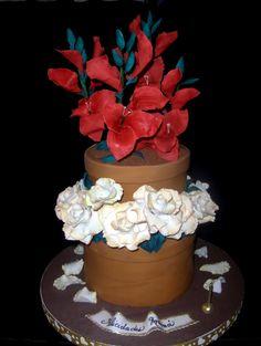 Creando en azucar. Torta de maceta con rosas y gladiolas.