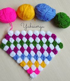 Crochet Home, Crochet Crafts, Crochet Projects, Baby Knitting Patterns, Crochet Stitches, Embroidery Stitches, Teachers Pet, Diy And Crafts, Rugs