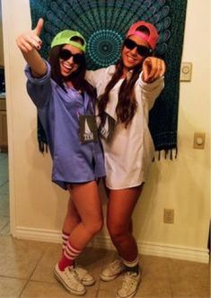 Some of the best costumes at any given Halloween party are a couple wearing similarly themed costumes. These couple Halloween costumes work so well because Halloween Outfits, Frat Boys Halloween Costume, Partner Halloween Costumes, Cute Couples Costumes, Halloween Look, Hallowen Costume, Costume Ideas, Teen Costumes, Woman Costumes