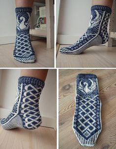 Ravelry: Valkyries pattern by Karen S. My Socks, Cool Socks, Awesome Socks, Fair Isle Knitting, Knitting Socks, Knit Socks, Knitting Patterns, Crochet Patterns, Sock Crafts