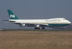 Pakistan International Airlines - PIA Boeing 747-200