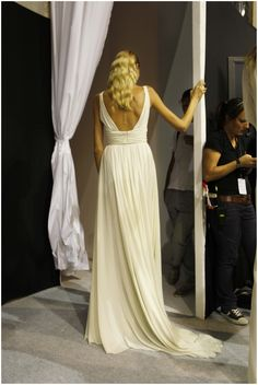 ELIE SAAB Ready-to-Wear Spring Summer 2012 - Backstage