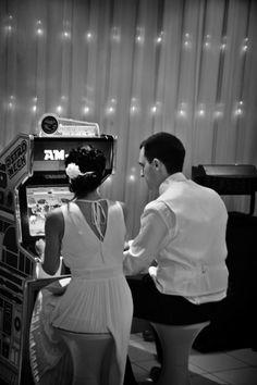 Borne d'arcade  #mariage #wedding #jeux  #Weddingplanner#paris #bornedarcade  #delaolivapolyne #pensee-event.com
