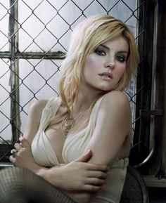 The 33 Sexiest Elisha Cuthbert Pictures of All Time