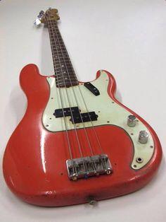 Musicals Instruments Tips Fender Bass Guitar, Fender Guitars, Guitar Tips, Guitar Lessons, Vintage Bass Guitars, Fender Precision Bass, Bass Amps, Double Bass, Cool Guitar