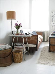 Jill Danyelle's apartment. I love everything about it. typewriter table as side table?