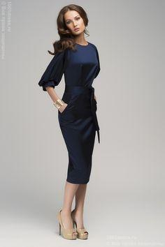Платье темно-синего цвета с пышным рукавом и поясом. Синий в интернет магазине Платья для самых красивых 1001dress.Ru