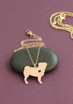 You love your Pug. Show it with this beautiful necklace. Available in gold or silver. Includes 18 inch zinc alloy chain. Buy this necklace now at this low introductory price!