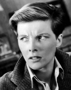 Katharine Hepburn as Sylvester in Sylvia Scarlett, The film was a flop… Katharine Hepburn, Classic Actresses, Actors & Actresses, Dvd Collection, Westerns, Drag King, Scarlett, Gender Bender, Old Hollywood