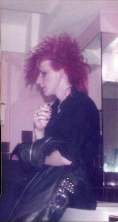 Big Hair, Fishnets, and Eyeliner | A Gallery of 80's Goth and Deathrock Culture Part II – Post-Punk.com