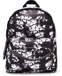 Victorias Secret Midnight Blooms City Backpack aflink Jogging Outfit, Victoria Secret Bags, Kids Nutrition, Black Backpack, Vs Pink, Cosmetic Bag, Fashion Backpack, Purses And Bags, Backpacks