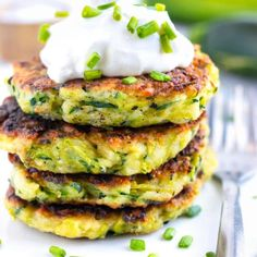 Garlic Parmesan Roasted Broccoli and Cauliflower – Low Carb Asparagus Recipes Baked Zucchini Fritters, Fried Zucchini, Zucchini Squash, Healthy Zucchini, Roast Broccoli And Cauliflower, Tofu, Bacon Wrapped Asparagus, Gluten Free Sides Dishes, Appetizer Recipes