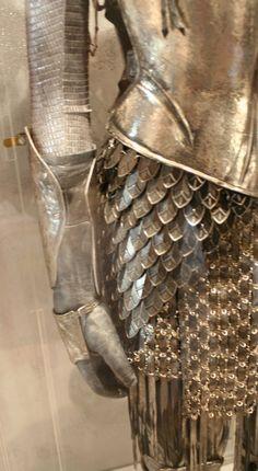 alice in wonderland armor