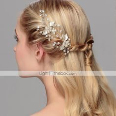 Cheap hair accessories, Buy Quality handmade hairpin directly from China bridal hair Suppliers: Pearl Cluster Bridal Hair Pins Handmade Hairpins And Clips Wedding Hair Accessories Wedding Hair Clips, Bridal Hair Pins, Party Hairstyles, Wedding Hairstyles, Hair Plugs, Pearl Hair Pins, Wedding Hair Accessories, Jewelry Accessories, Bridesmaid Hair