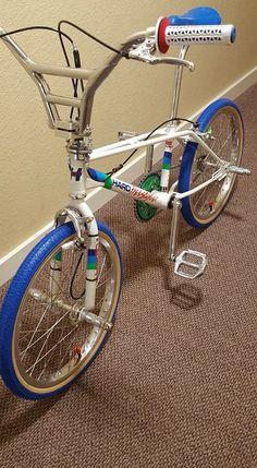 Mongoose Index Freestyle Bike - Silver Haro Bikes, Haro Bmx, Skyway Bmx, Diamondback Bmx, Bmx Cycles, Cycling Bikes, Cycling Art, Cycling Jerseys, Cycling Equipment