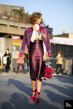 KarlieKloss @ the Vogue Fashion Festival in London. Vogue Fashion, Pop Fashion, Modest Fashion, Fashion Models, High Fashion, Fashion Outfits, Fashion Women, Cool Street Fashion, Street Chic