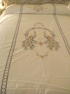 Peacock Embroidered Summer Coverlet Bedspread / Sheet Twin 66x82 Fringed Vintage