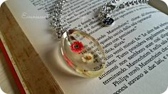 Oval Pendant Dried Flowers. Pressed flowers by EvanescentDreamShop