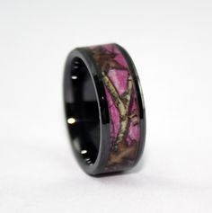 Muddy Girl Camo Engagement rings So cute Wedding Stuff