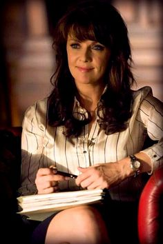 Amanda Tapping as Helen Magnus in Sanctuary Amanda Tapping, Best Sci Fi Shows, Tv Shows, Canadian Actresses, Actors & Actresses, Sanctuary Tv Series, Megan Denise Fox, Female Fighter, Stargate