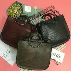 Material : PU ll Size: Length 27 - Width 10 - Height 25 cm ll 3 colors ll 2 ways #bags #fashion #accessories #bethel #bethelbags HK$ 268 + HK$118(shipping)