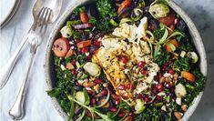 Prøv at bage feta hel sammen med en smule olivenolie, honning og rosmarin. Osten bliver lækkert blød og får en karamelliseret overflade. Her får du opskriften på lun linsesalat med honningbagt feta