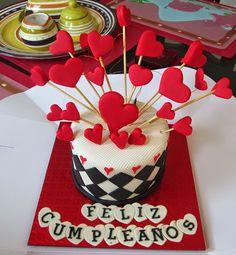 gorgeous heart birthday cake, pastel de cumpleaños de corazones  www.alinaalamode.blogspot.com