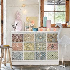 Pastel dining room storage with drawers | Maisons du Monde