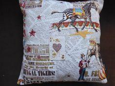 COUSSIN CARRE COTON JACQUARD IMPRIME CIRQUE : Textiles et tapis par kotonou