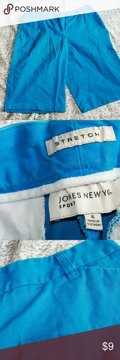 Jones New York blue bermuda shorts, 6 Good condition Jones New York blue bermuda shorts, size 6 Jones New York Shorts Bermudas