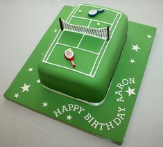 Vanilla Bean Cake Company Birthday Cakes for Him . { a rich fruit cake . decorated like a tennis court . anyone for tennis ? the Great British Bake Off 2015 . Cupcakes, Fondant Cookies, Cupcake Cakes, Birthday Cake For Him, Birthday Desserts, Birthday Cakes, Tennis Cake, Tennis Party, Rodjendanske Torte