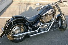 Image from http://www.custommania.com/sites/default/files/styles/medium/public/motorcycles/65765/suzuki-intruder-1500.jpg?itok=pNV0Ehvo.